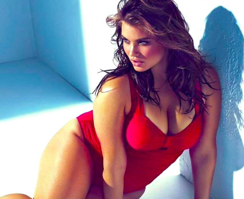 15 photos de femmes et de mannequins plus-size qui prouvent que la lingerie va à tout le monde !