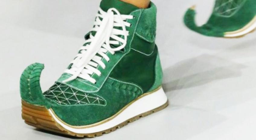 Découvrez la nouvelle tendance sneakers / babouches par Loewe