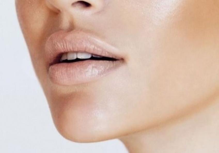20 inspirations de lipsticks nude pour embellir vos lèvres en toute discrétion
