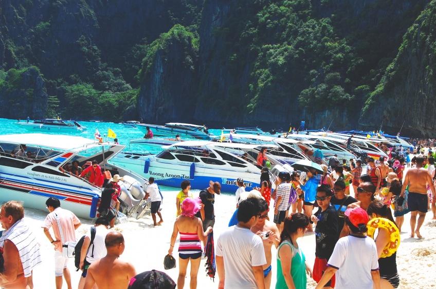 La baie du film «La Plage» devient interdite aux touristes pour cause de dégâts !