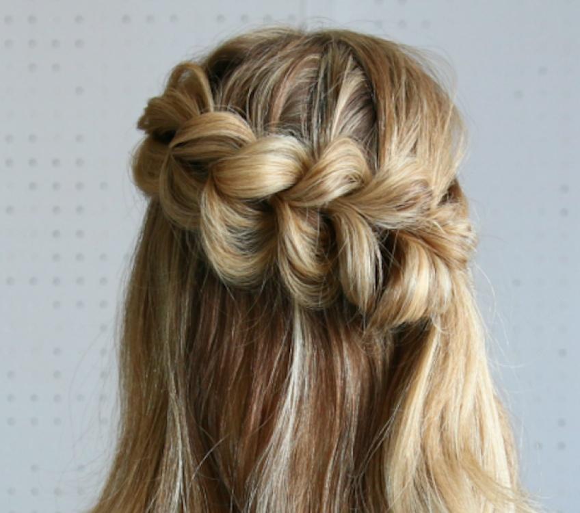 10 coiffures rapides et canon pour toutes les filles pressées comme nous !