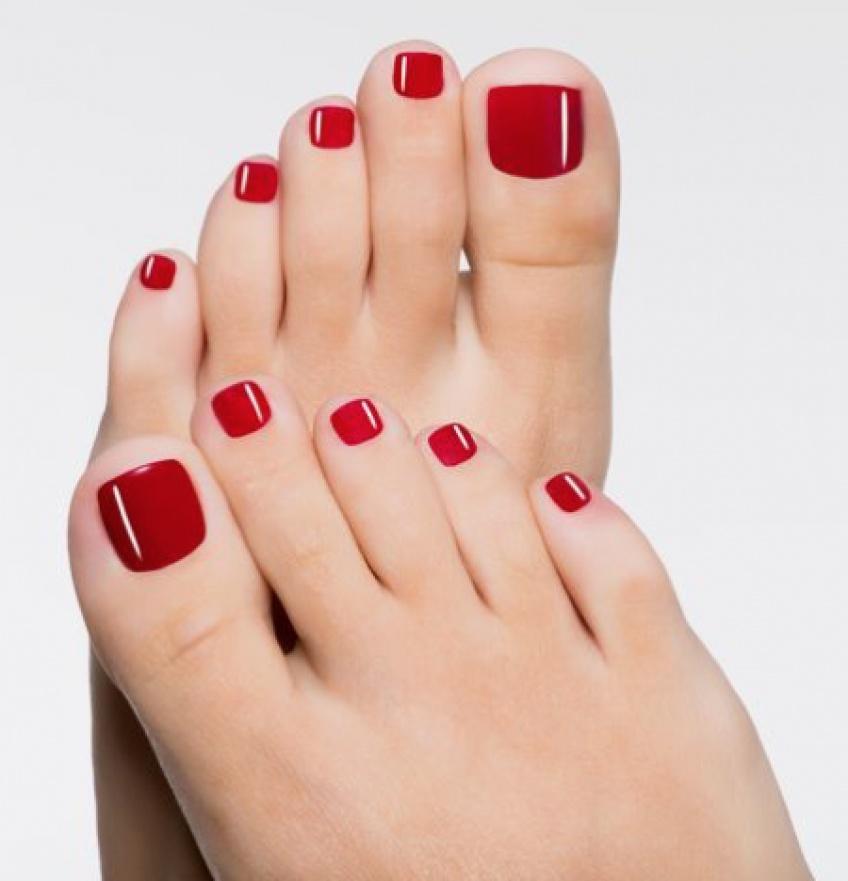 20 inspirations de nail-art pour embellir nos pieds même en hiver