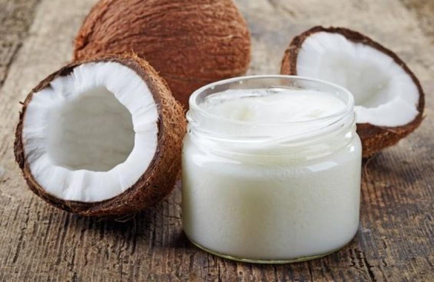 Les meilleures astuces beauté à réaliser avec votre huile de coco !