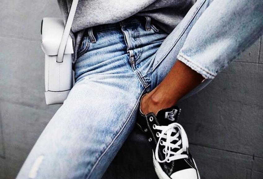 Voilà l'astuce pour transformer votre jean préféré pour qu'il soit parfait !