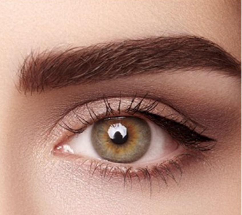 Découvrez le nanoblading, la tendance révolutionnaire dans le monde du sourcil