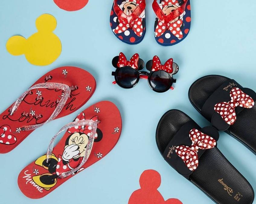 ALERTE : Primark sort une collection de tongs Disney pour mères et filles !