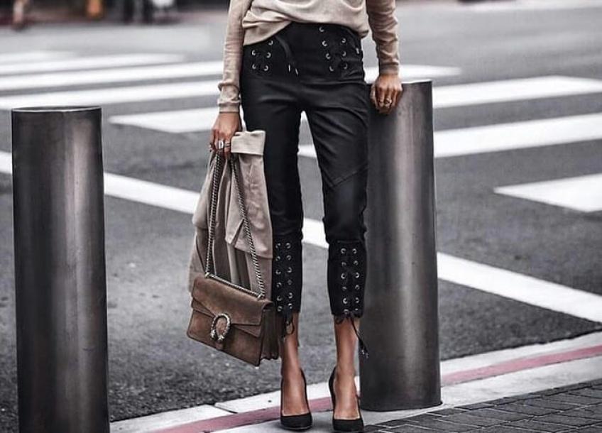 De combien de pantalons noirs avez-vous vraiment besoin ?