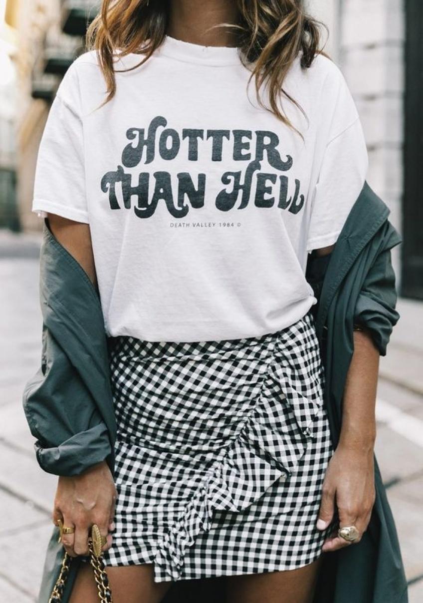 Les T-shirts graphiques pour afficher son humeur et son style !