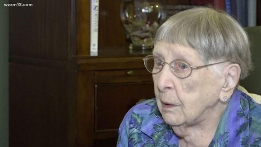 Cette dame de 104 ans nous révèle son secret de longévité !