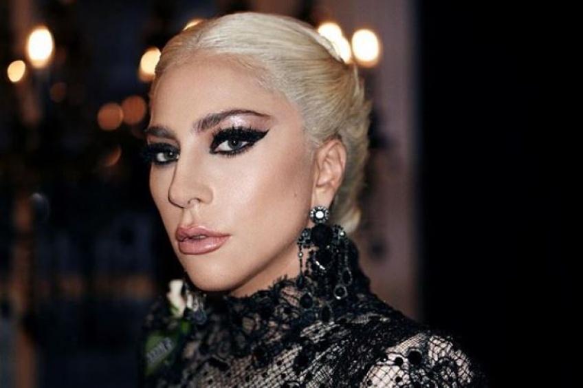 Lady Gaga s'apprête à lancer sa marque de make-up !