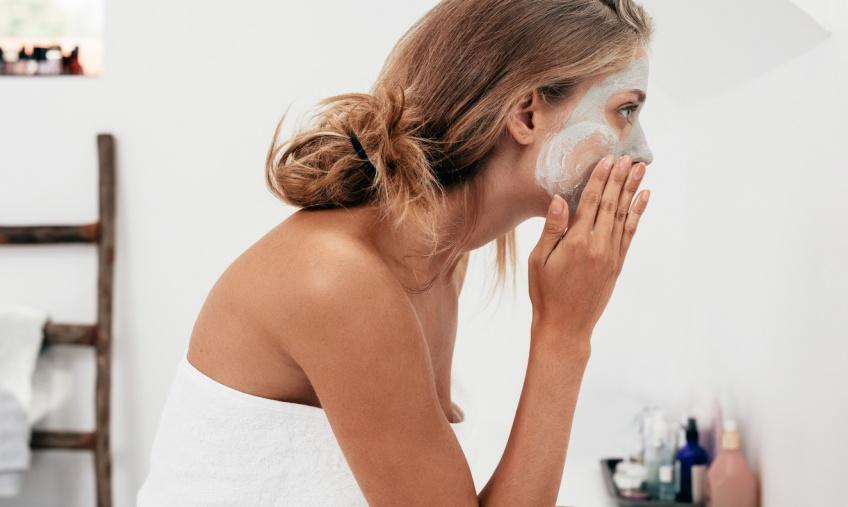 Et si notre signe astrologique dévoilait quel masque pour le visage est fait pour nous ?