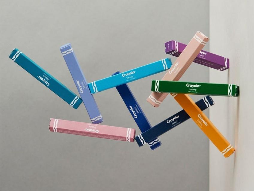 Crayola lance sa première marque de make-up inspirée des crayons de couleurs