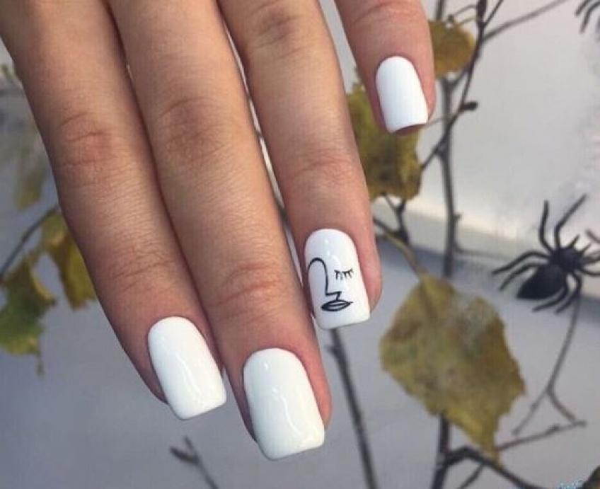 L'accent nail, le nail-art qui fait toute la différence cette saison