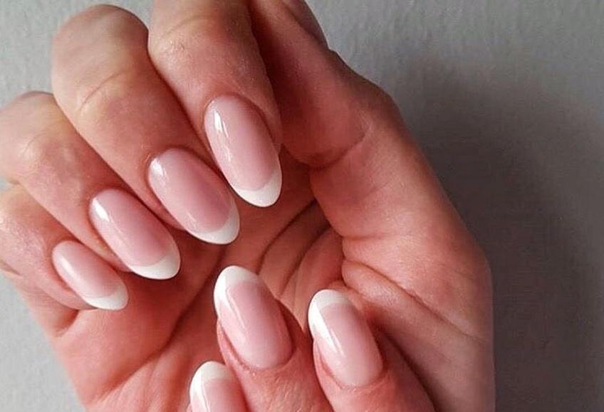 Comment blanchir des ongles qui auraient jaunis ?