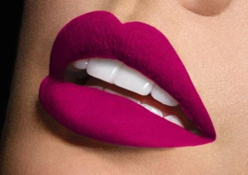 Les meilleurs coloris de rouges à lèvres à porter cet été