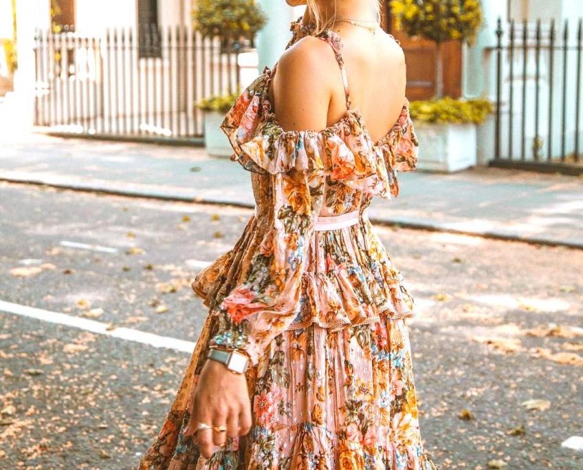 Les robes à épaules dénudées les plus jolies pour se dévoiler cet été !