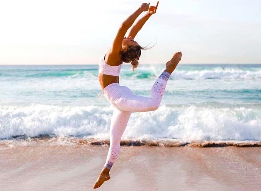Sélection d'accessoires pour être au top à votre cours de yoga !