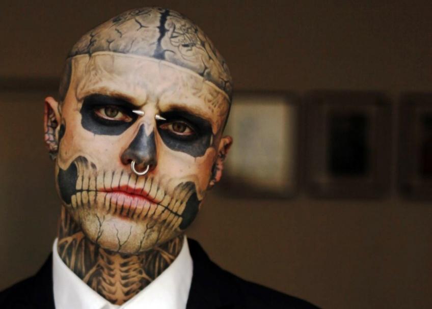 Zombie Boy, l'homme le plus tatoué de la planète est mort !