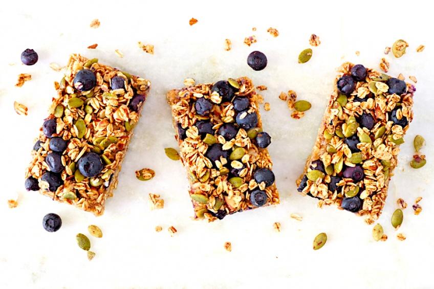 Faites-vous plaisir au petit-déjeuner grâce à ces recettes de granola maison !