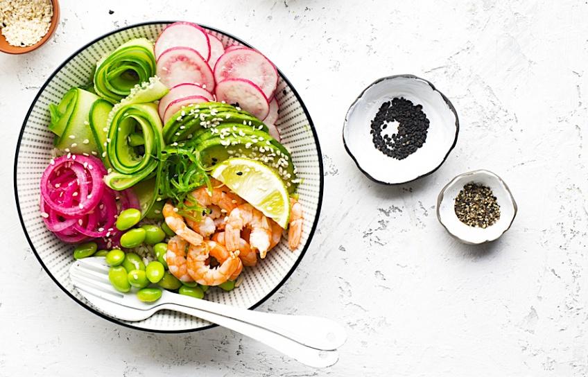 4 recettes de Poke Bowl spécial saumon !