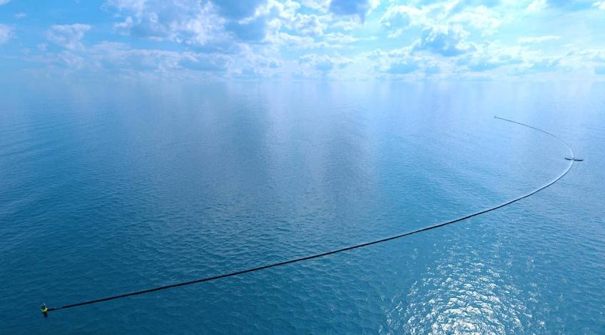 Un gigantesque système capable de nettoyer l'Océan Pacifique vient de partir de San Francisco