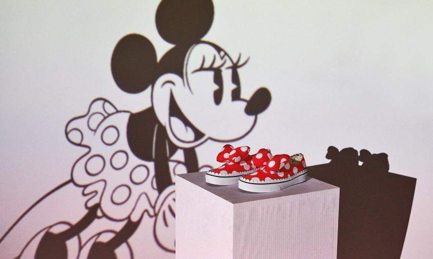 Vans et Disney collaborent pour une collection à tomber qui est sûre de vous faire craquer !