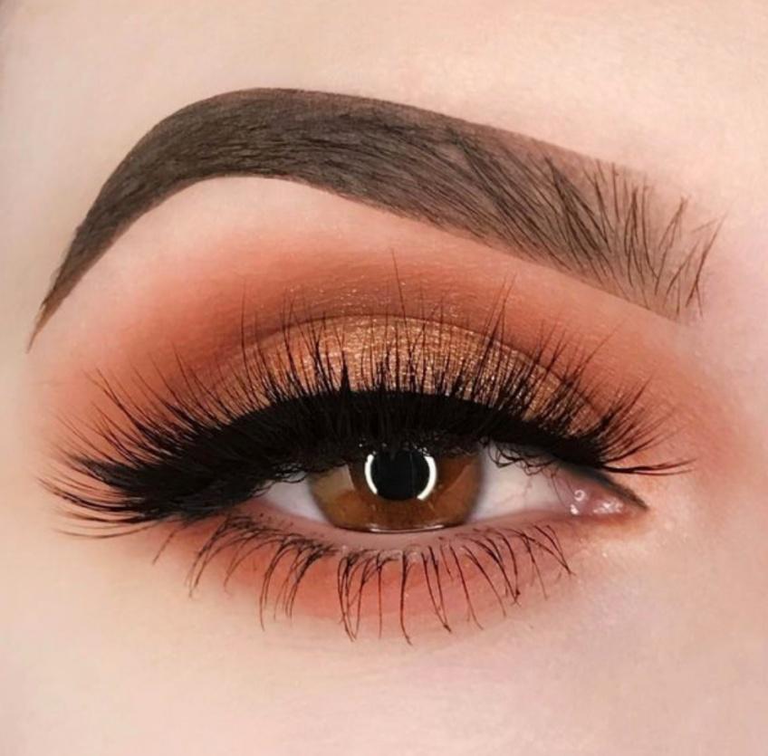 Les plus beaux make-up pour mettre en valeur vos yeux noisettes