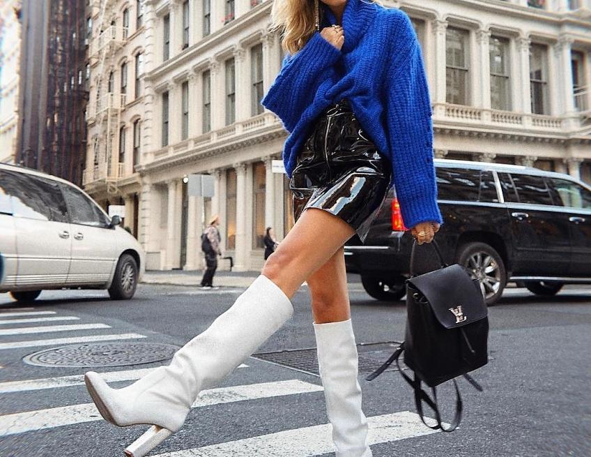 Les looks canon repérés sur Instagram pour être jolie en jupe même quand il fait froid