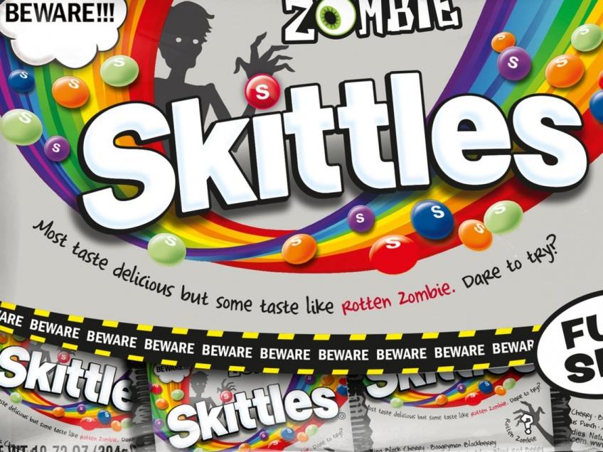 Il existe des Skittles saveur zombie parfaits pour Halloween !