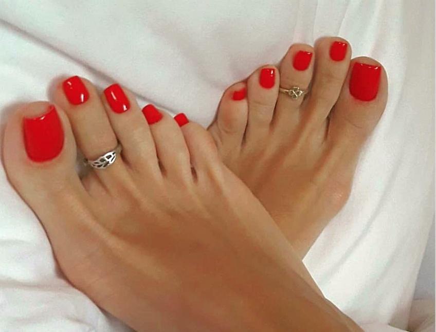 Ces inspirations nail-arts rendront vos pieds carrément canon !
