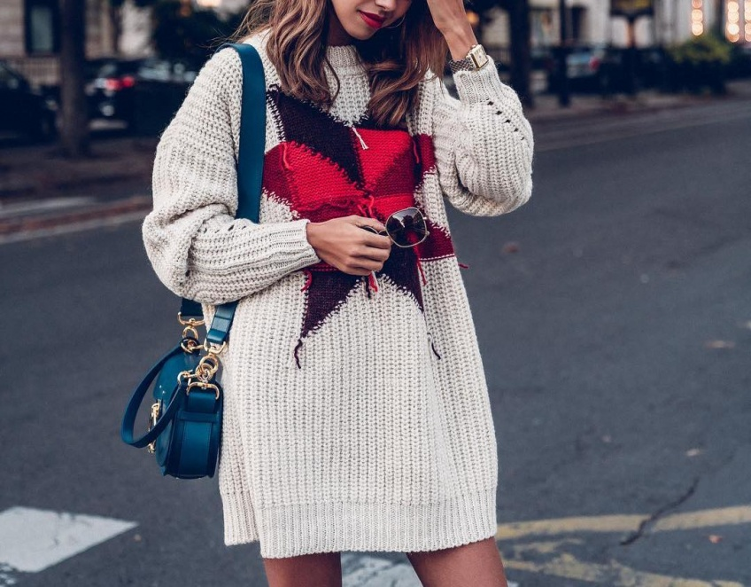 Les robes pulls qui vont nous envelopper de beauté tout l'hiver