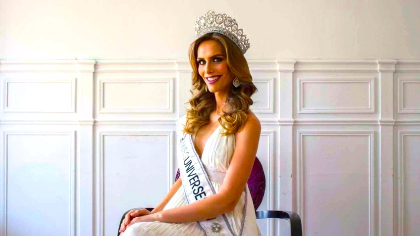 Angela Ponce Miss Univers transgenre