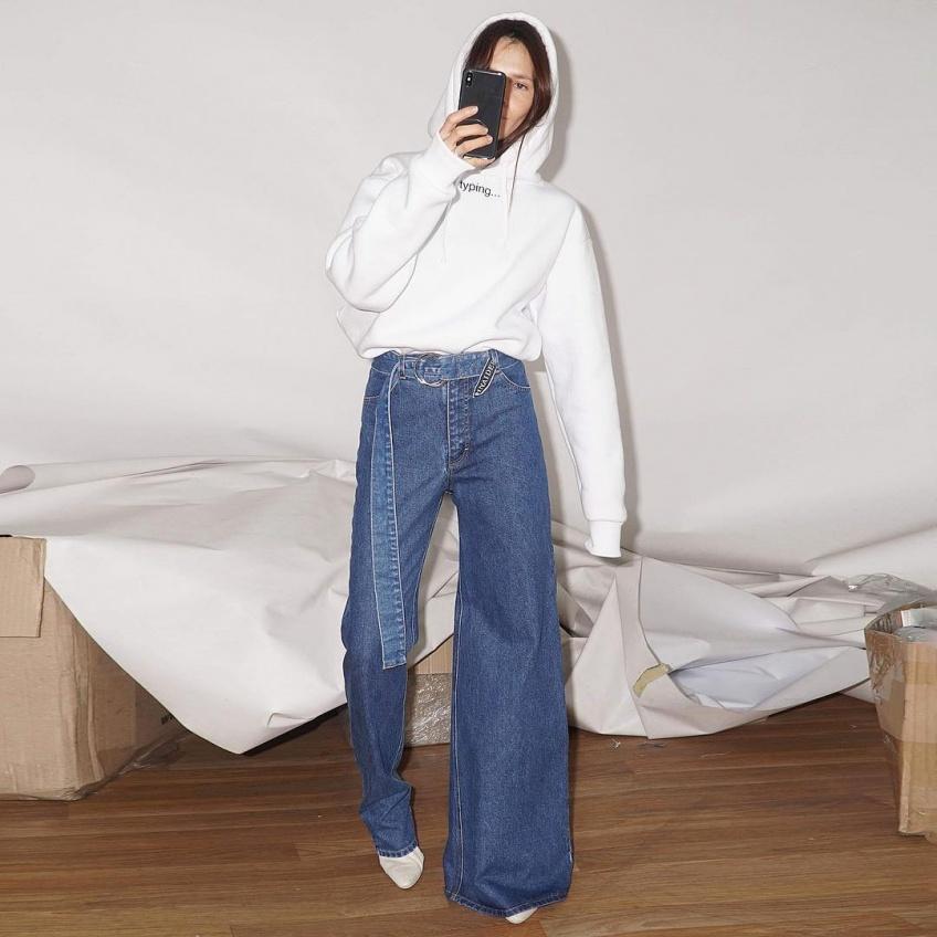 tendance insolite mode jean asymétrique denim