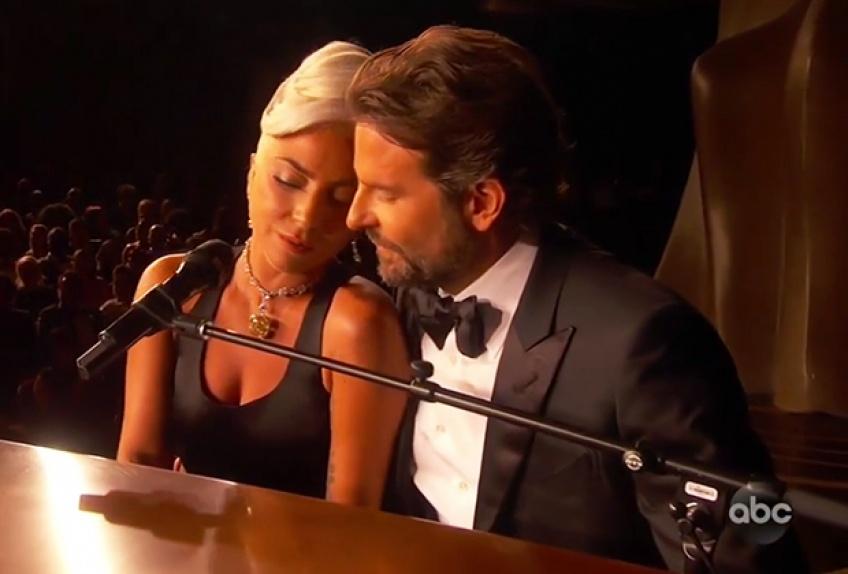 Bradley Cooper et Lady Gaga prestation oscars 2019