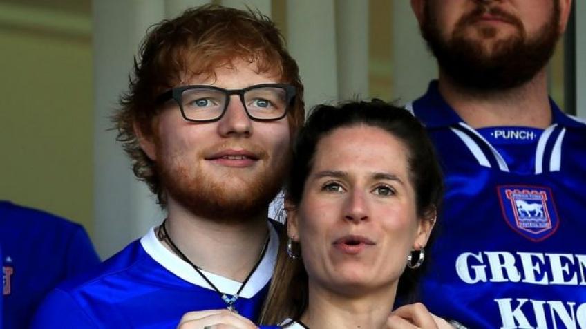 Ed Sheeran s'est marié en secret avec son amie d'enfance !