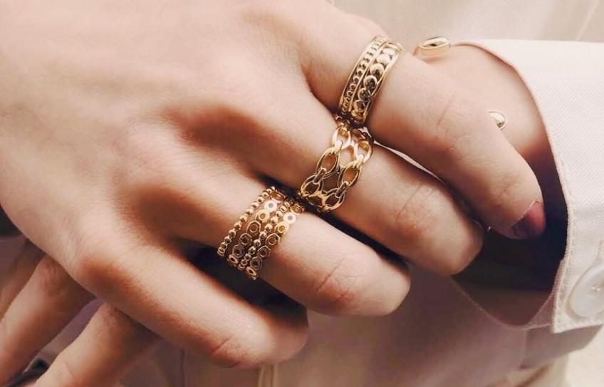 Instant Découverte #138 : Waekura, la marque de bijoux dorés tendance que vous ne voudrez plus jamais quitter