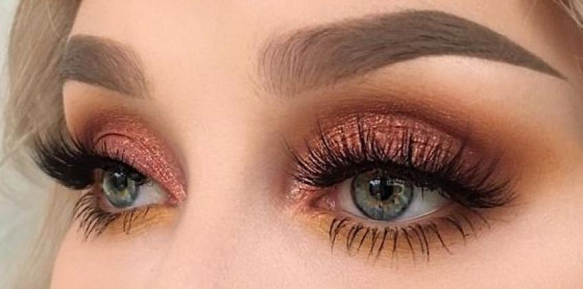 Apprenez à maquiller vos yeux avec style en fonction de leur forme !