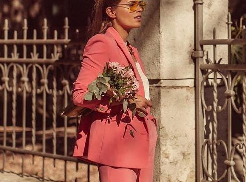 Les looks vraiment sublimes repérés sur Instagram pour être l'invitée parfaite à vos mariages printaniers