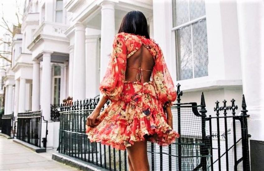 Les robes dos nu les plus belles à porter avant même l'arrivée de l'été