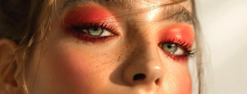 Les plus jolis make-up roses pour faire ressortir votre côté girly !