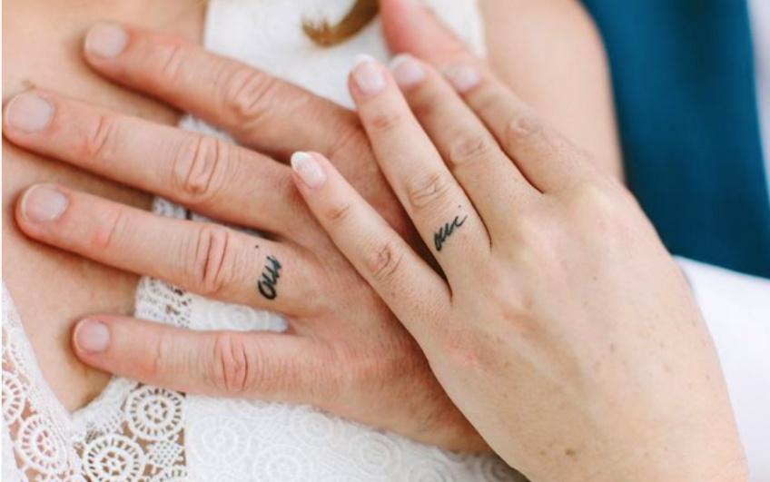 Un tatouage pour dire 'oui' le jour de son mariage !