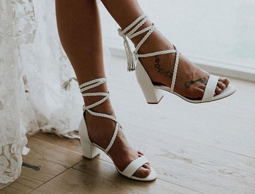 Voici les seules chaussures que vous ne pouvez vraiment pas porter le jour de votre mariage