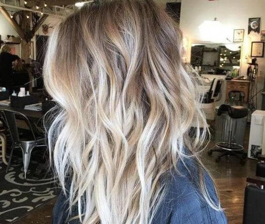 Une femme demande 19 000 euros à un salon de coiffure pour lui avoir détruit les cheveux !