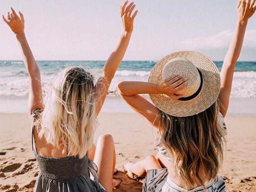 Une étude prouve qu'une femme sur deux préfèrerait sa BFF à son compagnon