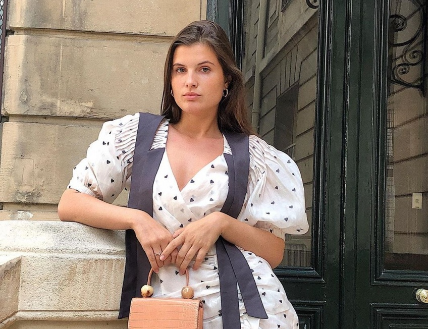 Dans le dressing d'Alice Violier : La fashionista au style coloré partage ses indispensables de l'été