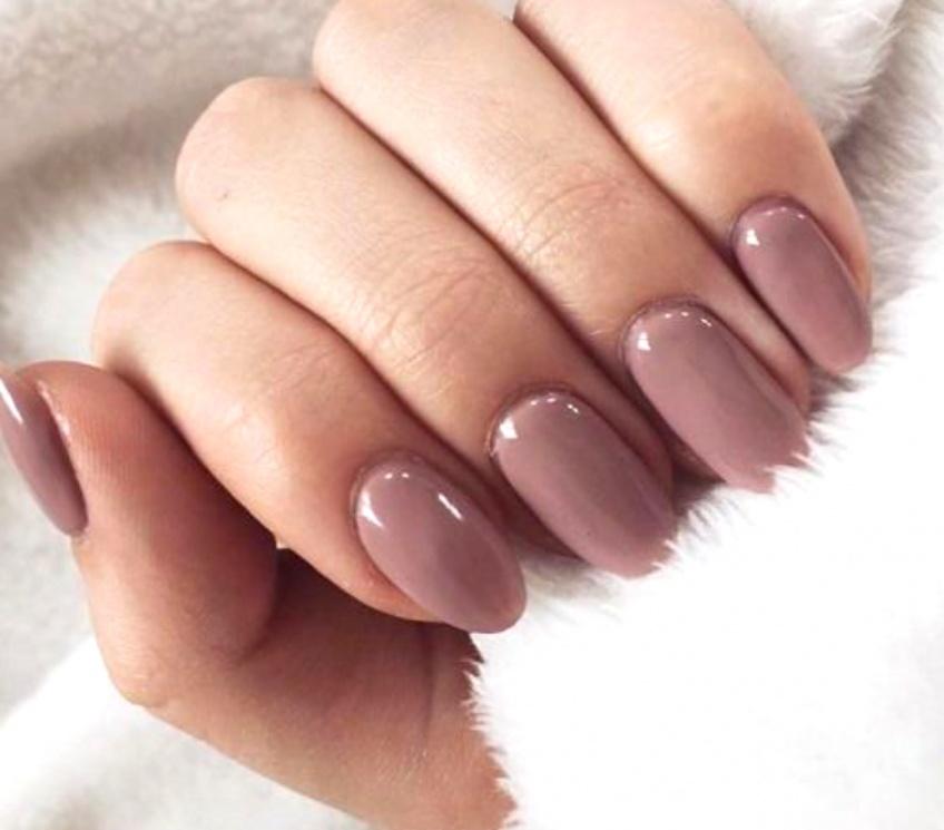 Les couleurs de vernis à ongles à absolument avoir cette rentrée !