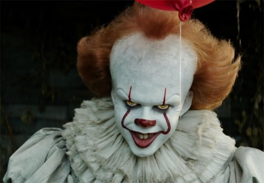 être payée regarder film d'horreur Stephen King