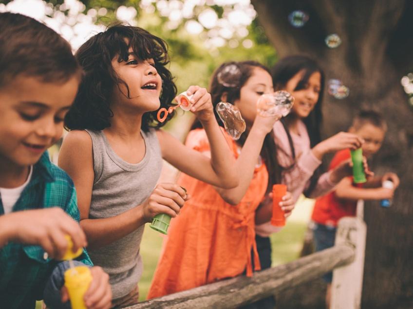 Le gouvernement lutte contre les stéréotypes de genre dans le secteur des jouets