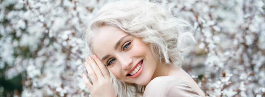 Le blond platine : la coloration idéale pour l'hiver !
