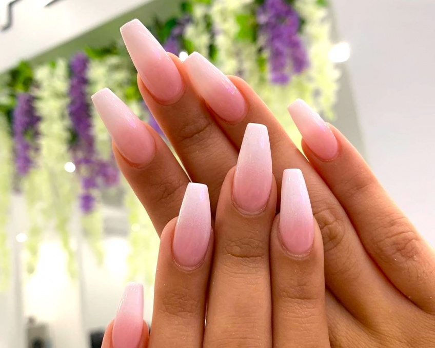 20 inspirations Instagram qui nous donnent envie d'oser l'ombre nails !